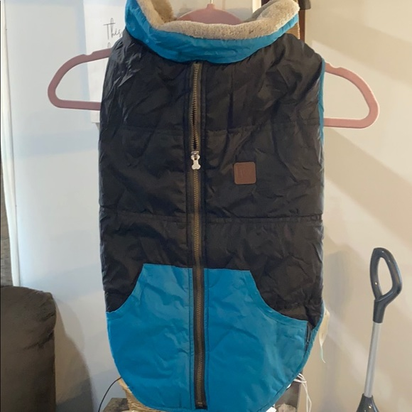 🖤2/$14 $4.99 shipping - Dog coat